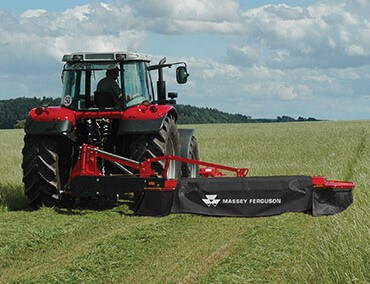 Rear-Mounted Side Attachment - Clean Compact Swath